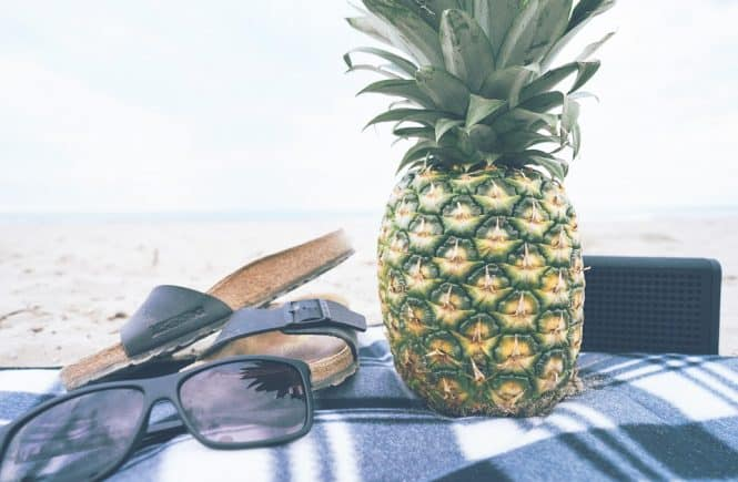 piña y playa