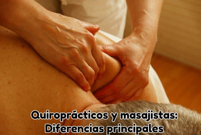 masajista-realizando-masaje-en-el-hombro